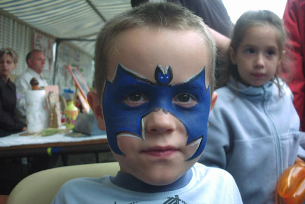1000 images about grimages on pinterest face paintings butterflies and face painting designs. Black Bedroom Furniture Sets. Home Design Ideas